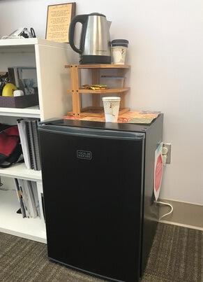 best compact medium size refrigerators Black DeckerBCRK25B