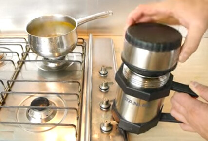 Use thermos to keep your food hot if you're working away in winter